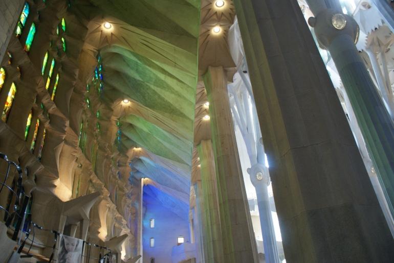 Gaudi light